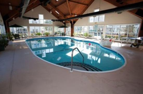 Palace view by spinnaker branson missouri indoor pool2 for Branson mo cabins with indoor pool